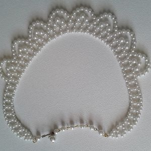 Vintage white beaded necklace.